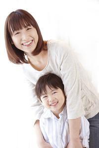 mama_and_kids2
